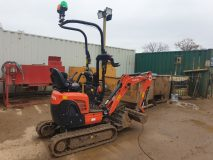 1) Kubota U10 Mini Digger Hire